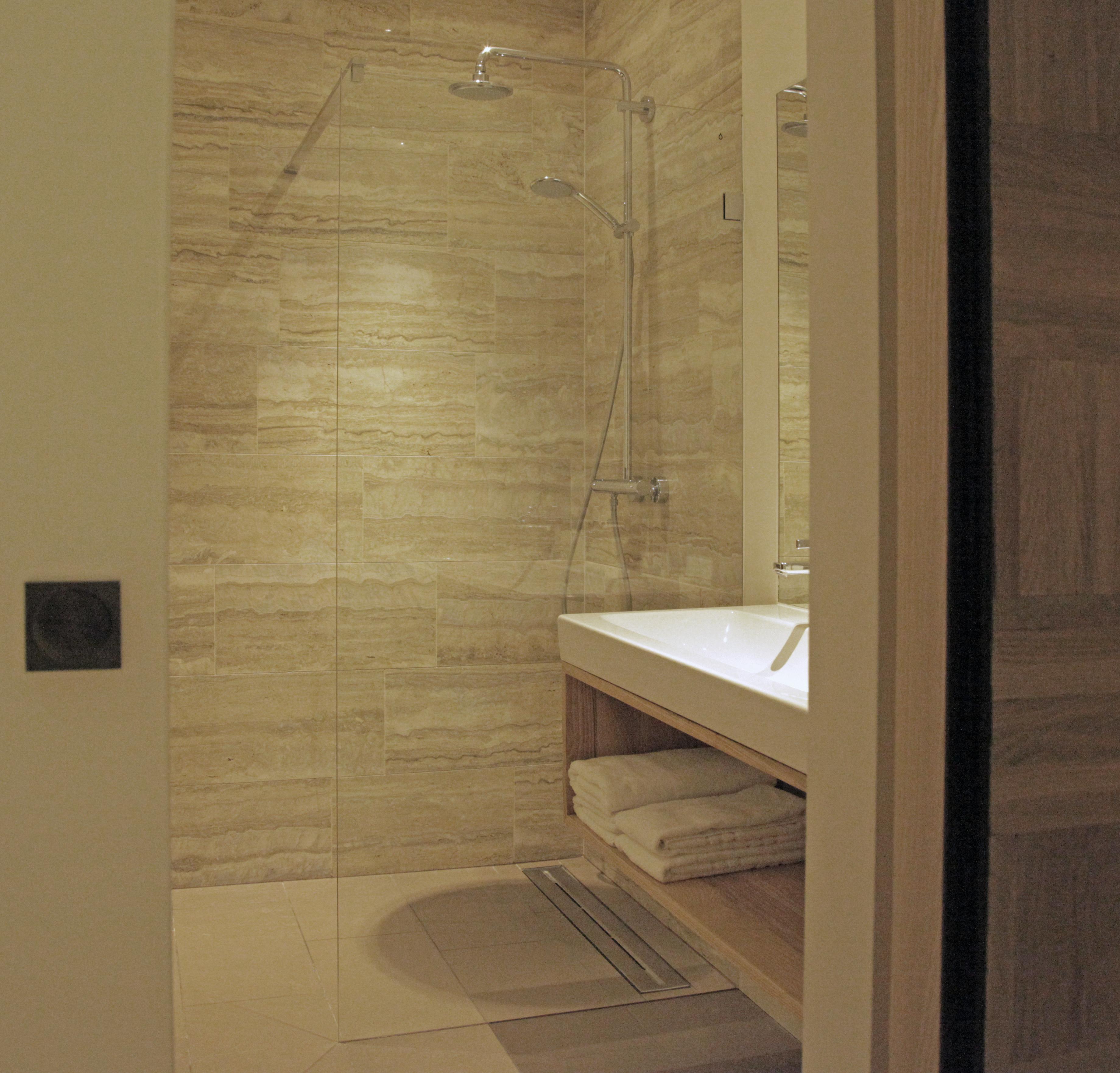 bleecker badkamer groot